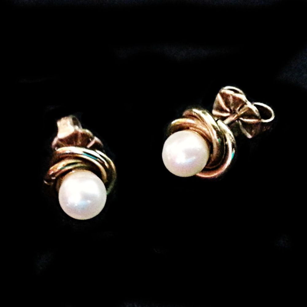 Cultured Pearl Earrings Vintage Avon 14k Gold Filled Twist Pierced