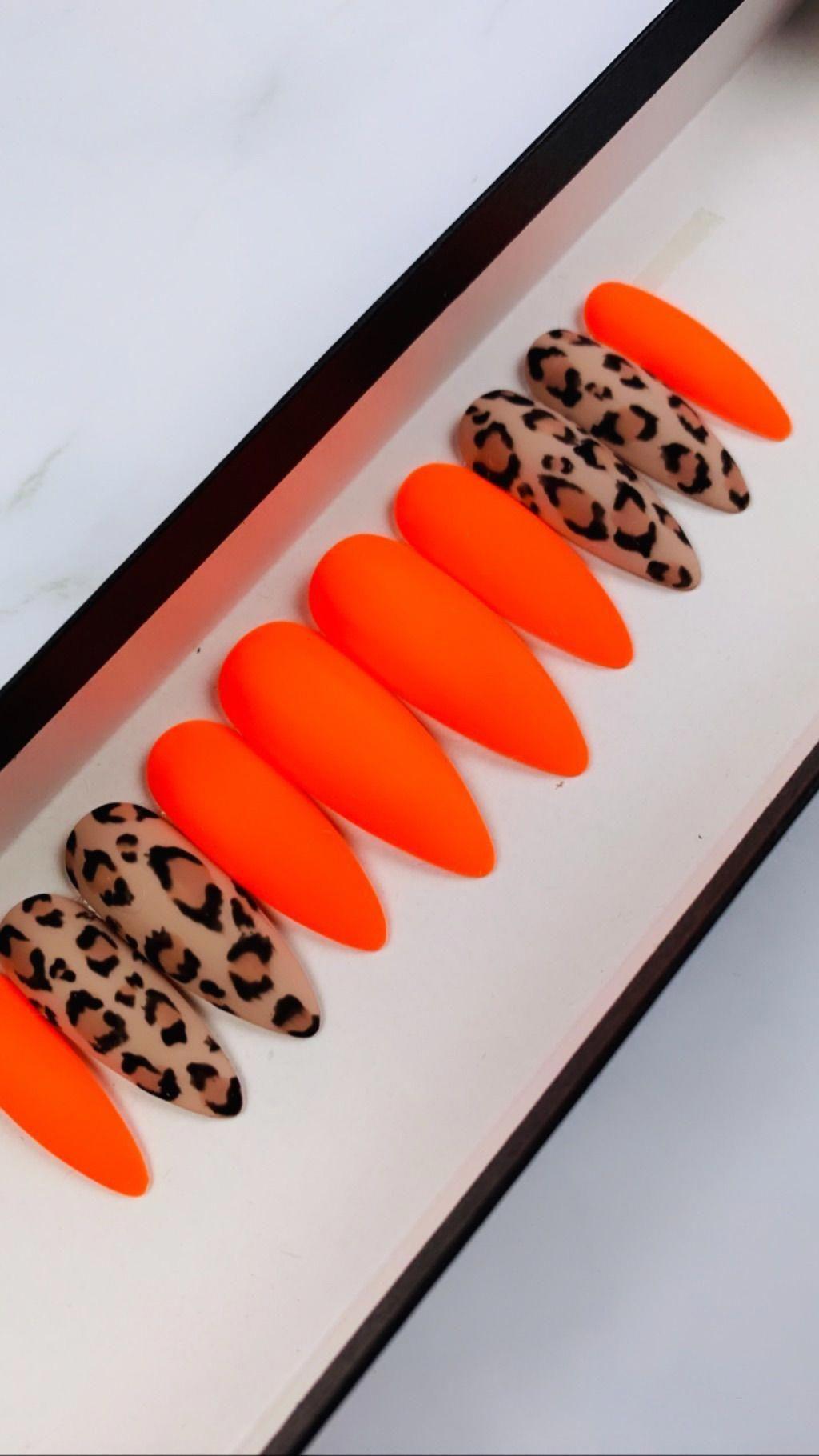 Neon Animal Print Nail Design neonnails Neon orange