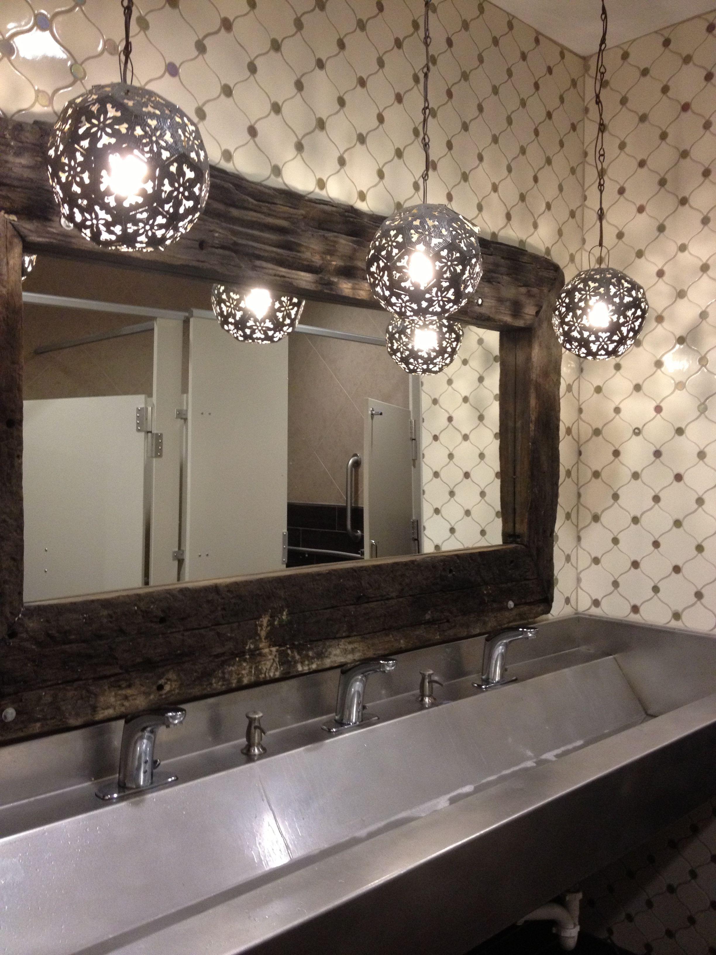 Pin By Suzi Q On Bathroom 3 Amazing Bathrooms Bathroom Light Fixtures Elegant Bathroom