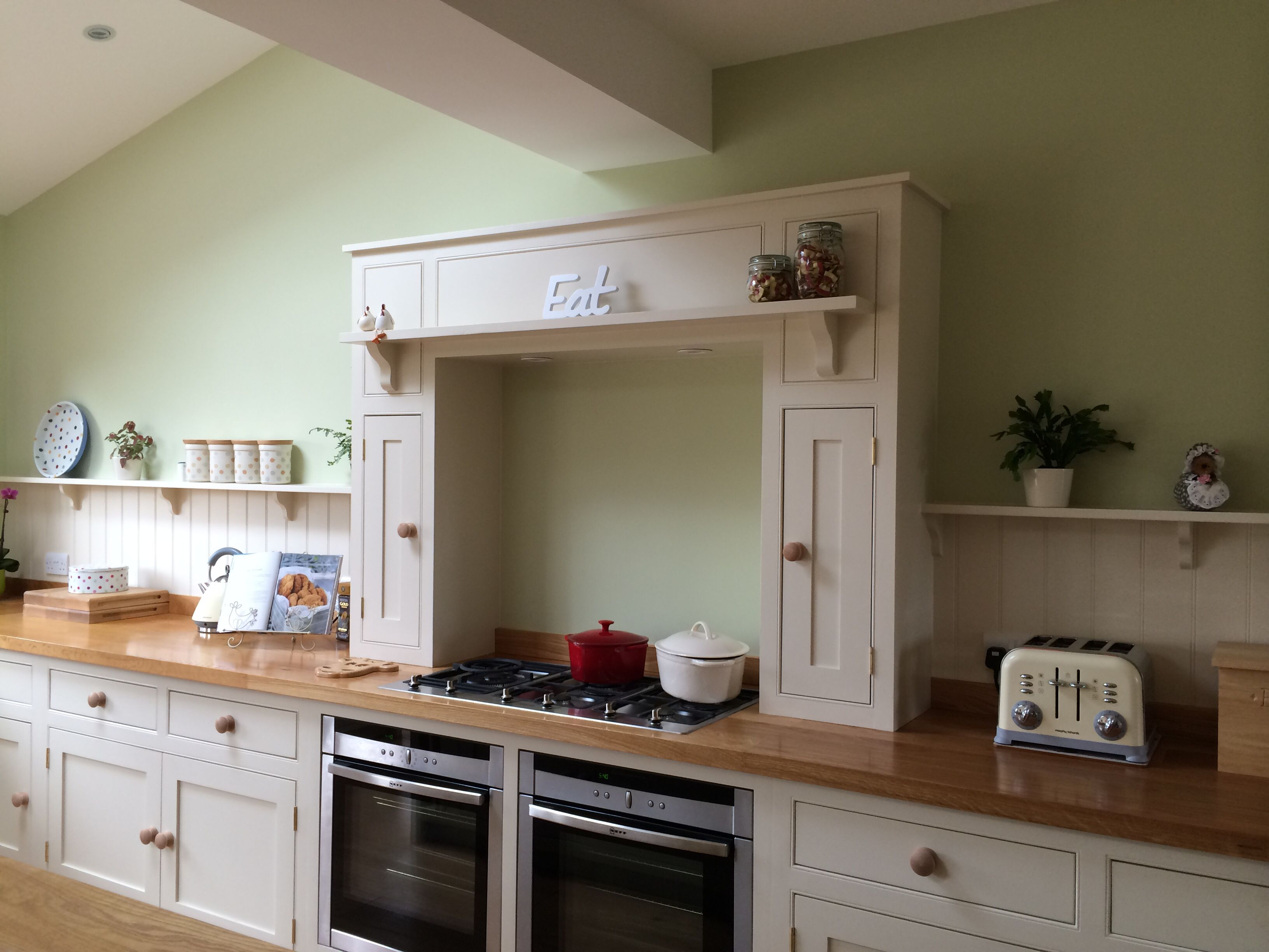 Best Country Kitchen Mantle Farrow Ball Lime White And Green 400 x 300