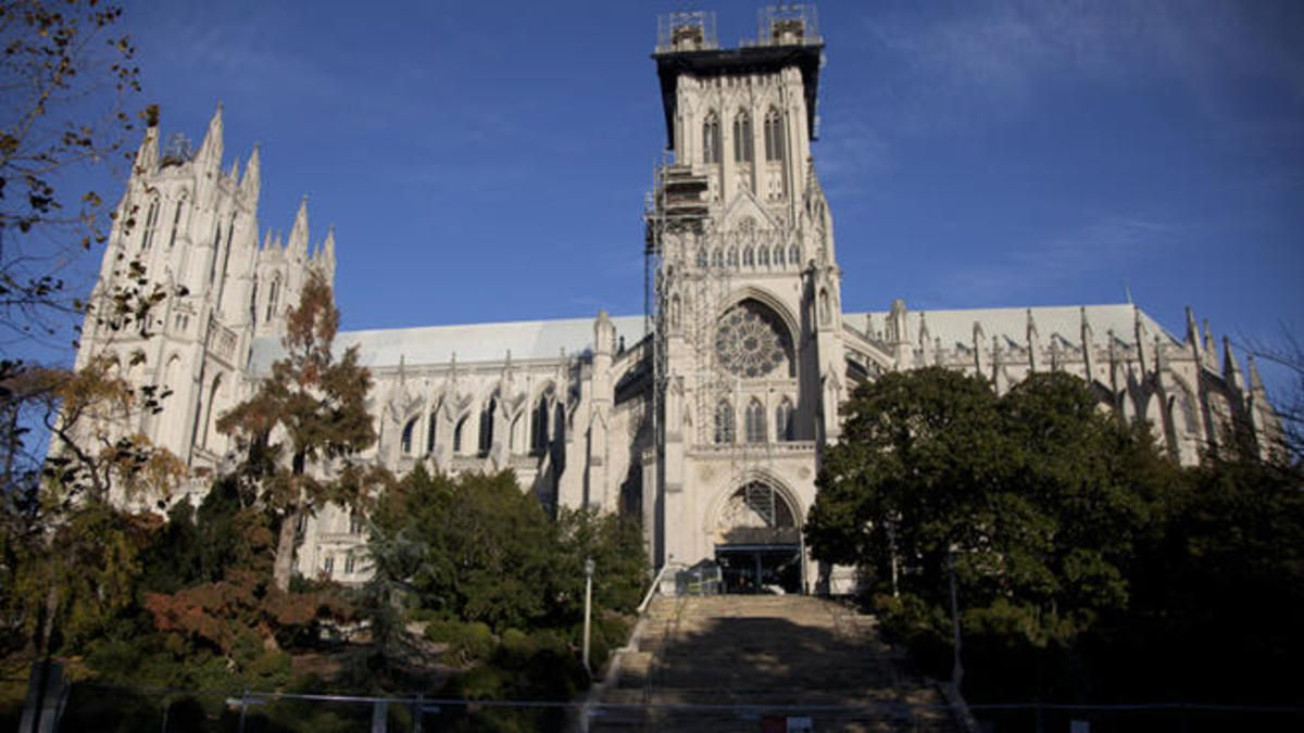 National Cathedral Holds First Muslim Prayer (With images