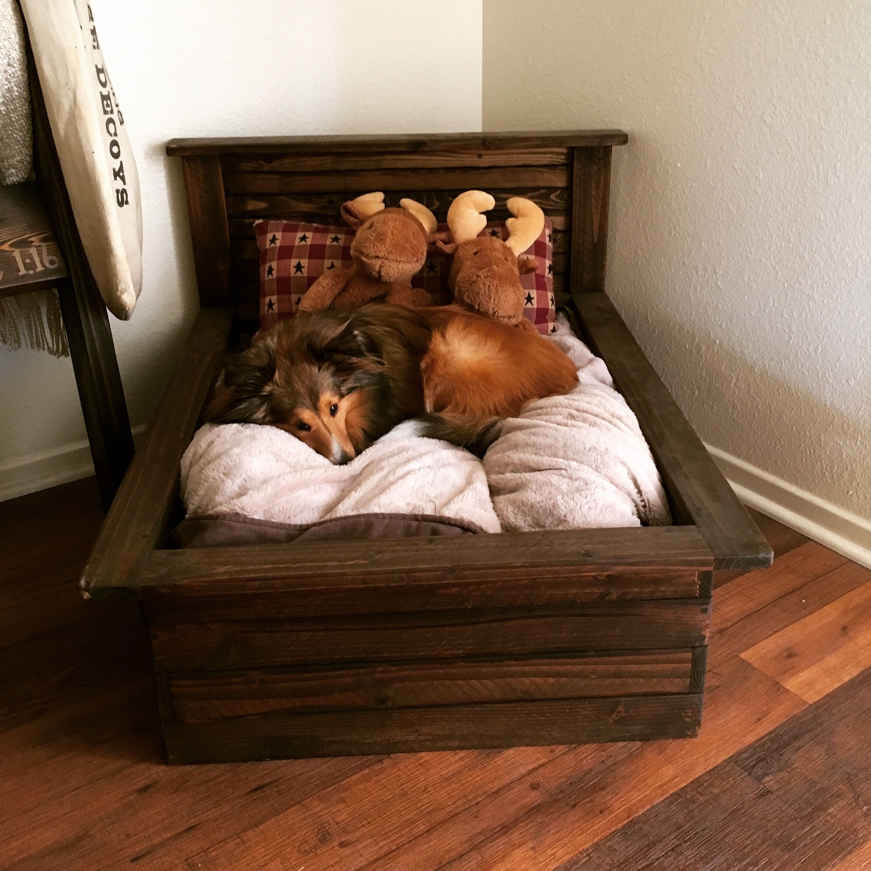 Bear Mountain Wood Products Dog Bed Frame Cute Dog Beds Dog Bed Large Dog Bed Frame