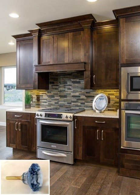 Best Dark Light Oak Maple Cherry Cabinetry And Are Wood 640 x 480