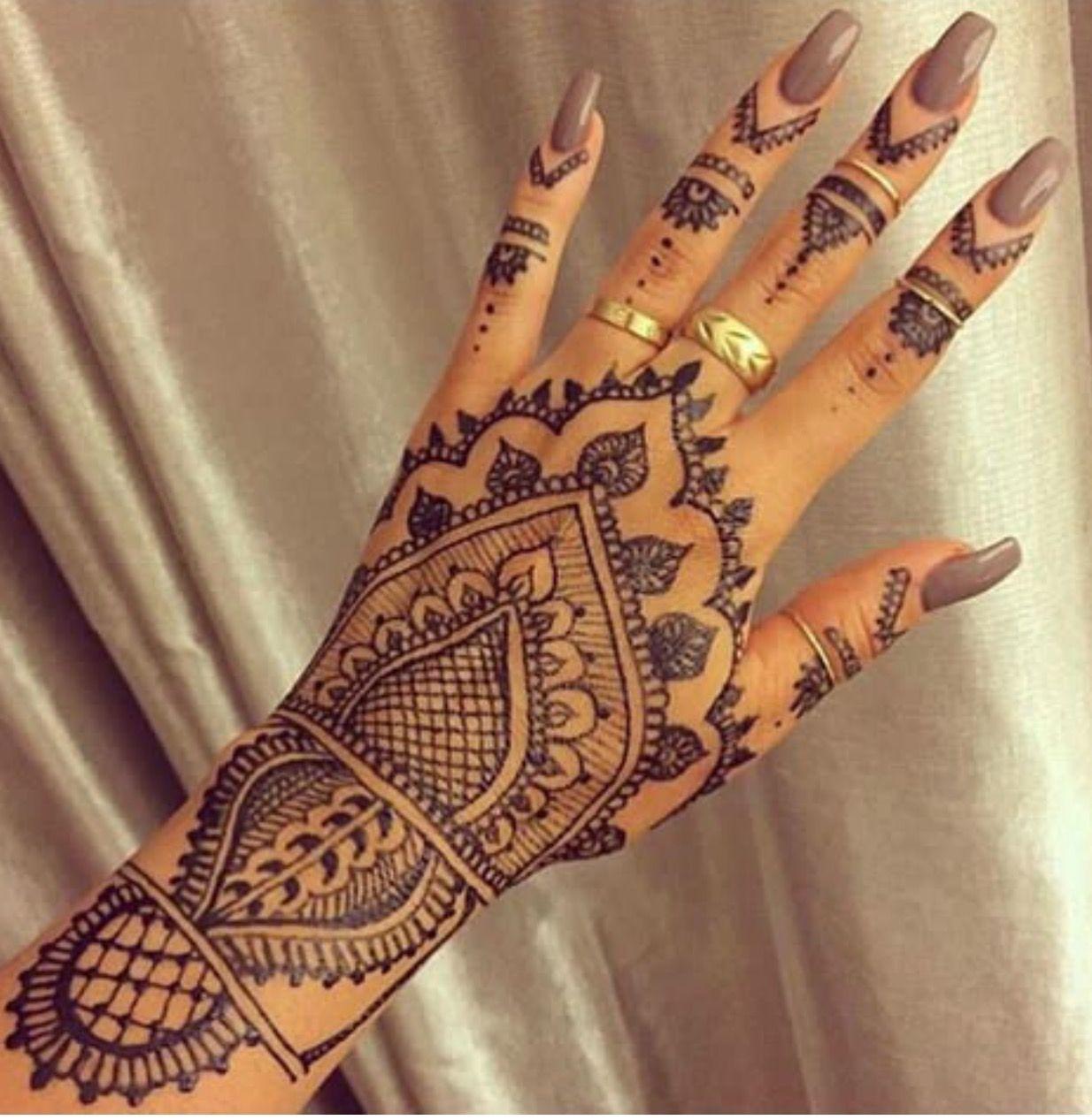 Henna tattoo nails and rings ✨Pinterest:Naturalb3auty✨