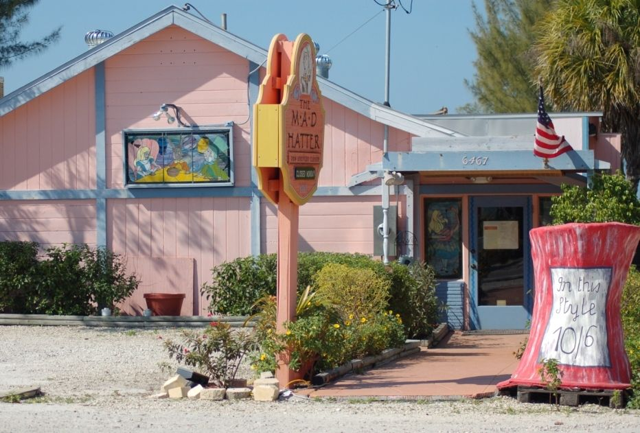 Mad Hatter Restaurant Sanibel Island Reviews Phone Number Photos Tripadvisor