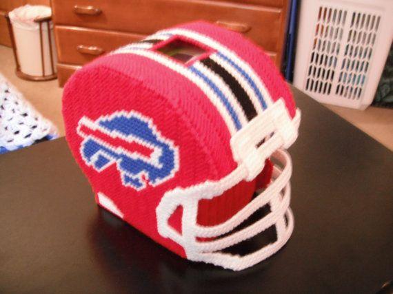 foto de Bills Football Helmet Tissue Box Cover Plastic canvas patterns Tissue box covers Tissue boxes
