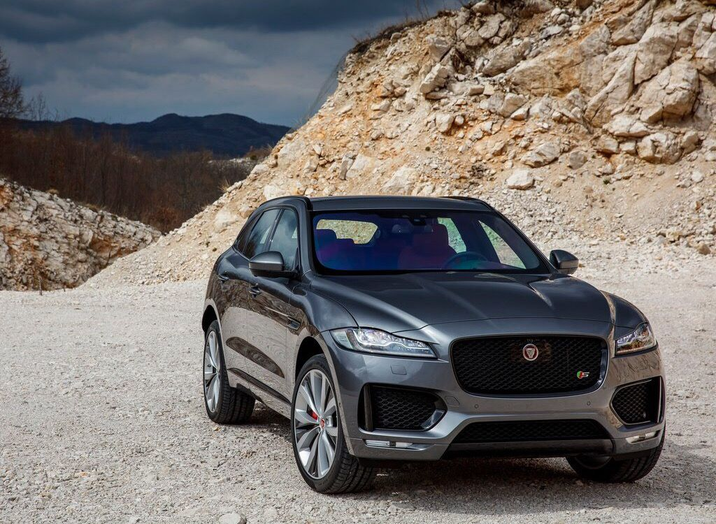 jaguar f pace jaguar pinterest cars luxury cars and 4x4. Black Bedroom Furniture Sets. Home Design Ideas