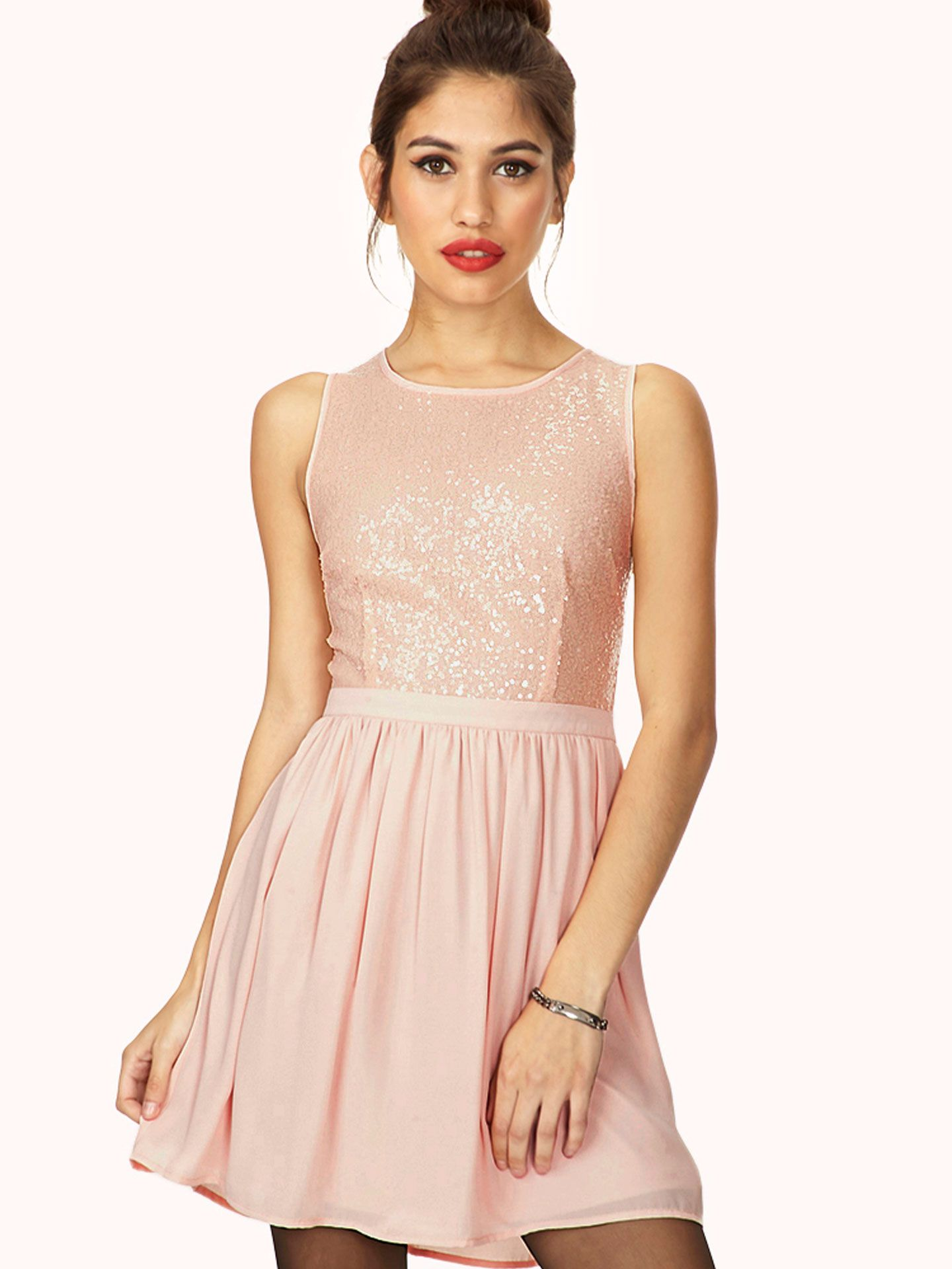 8cb1591179 13 Adorable Prom Dresses You Won t Believe Cost Less Than  50 ...