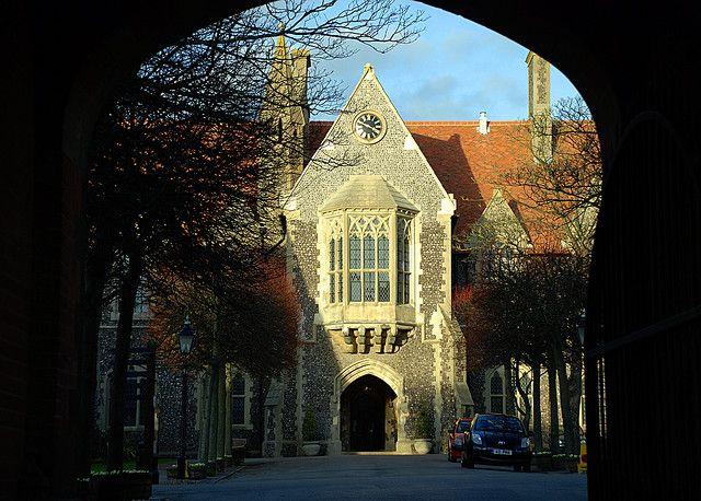 Университет в брайтоне графство сассекс англия