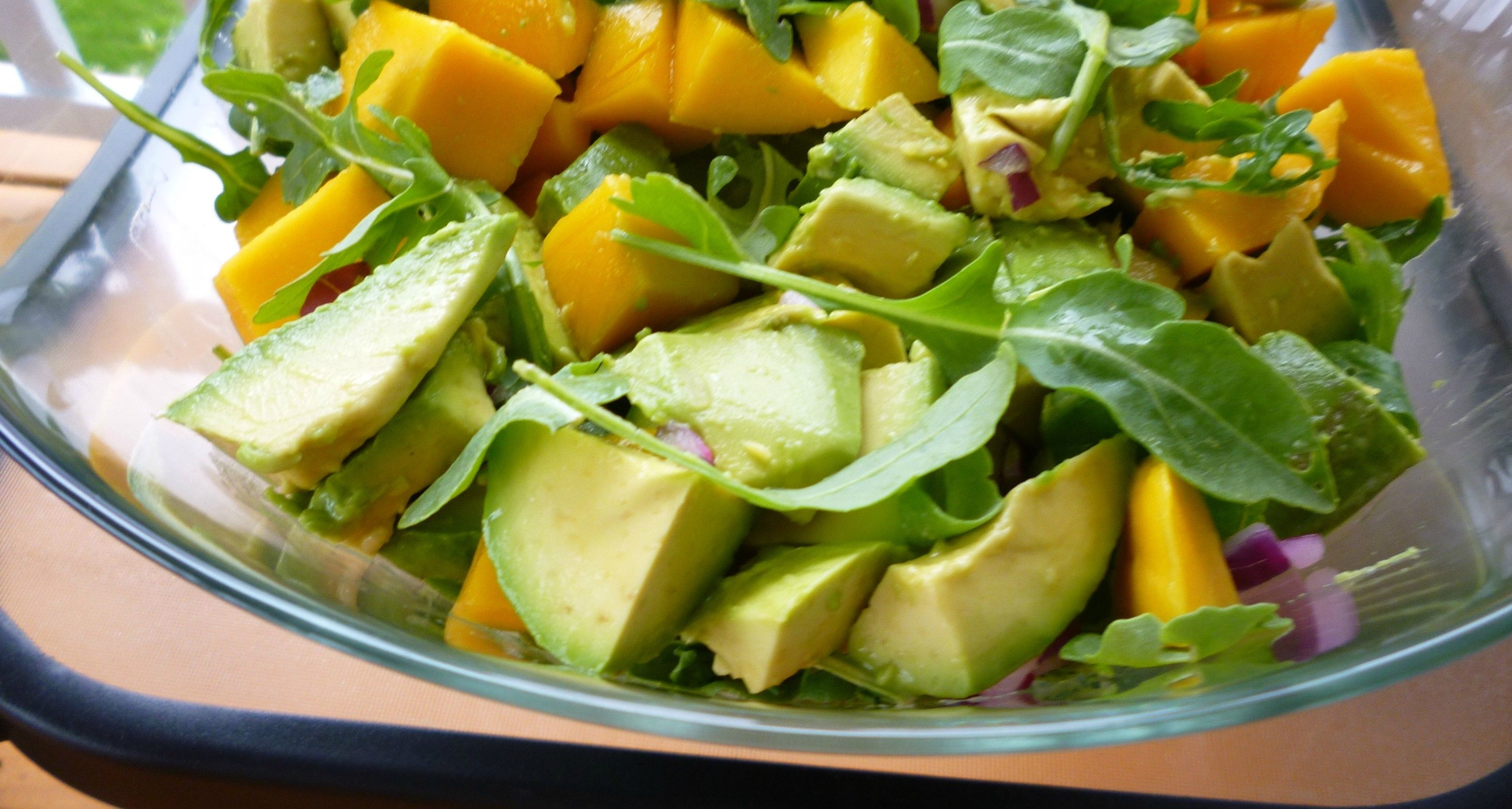 Mango and Arugula Salad with Cilantro Crema