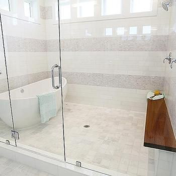 Egg Shaped Tub In Walk In Shower With Images Shower Stall