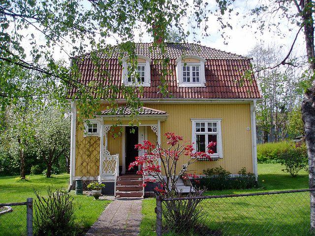 die besten 25 schwedisches haus ideen auf pinterest schwedenhaus rotes dach und rote h user. Black Bedroom Furniture Sets. Home Design Ideas