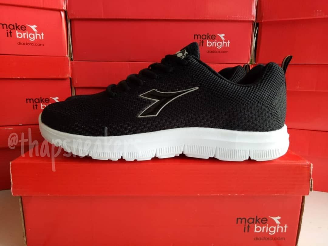 Ready Diadora Giarre M Black Diax8f1101bk Size 43 27 5cm 44