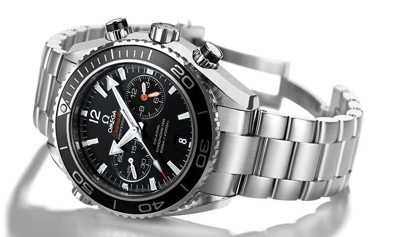 The new Seamaster Planet Ocean Chronograph with in-house calibre 9300 #monochromewatches The new Seamaster Planet Ocean Chronograph with in-house calibre 9300 - Monochrome Watches - Monochrome Watches #monochromewatches