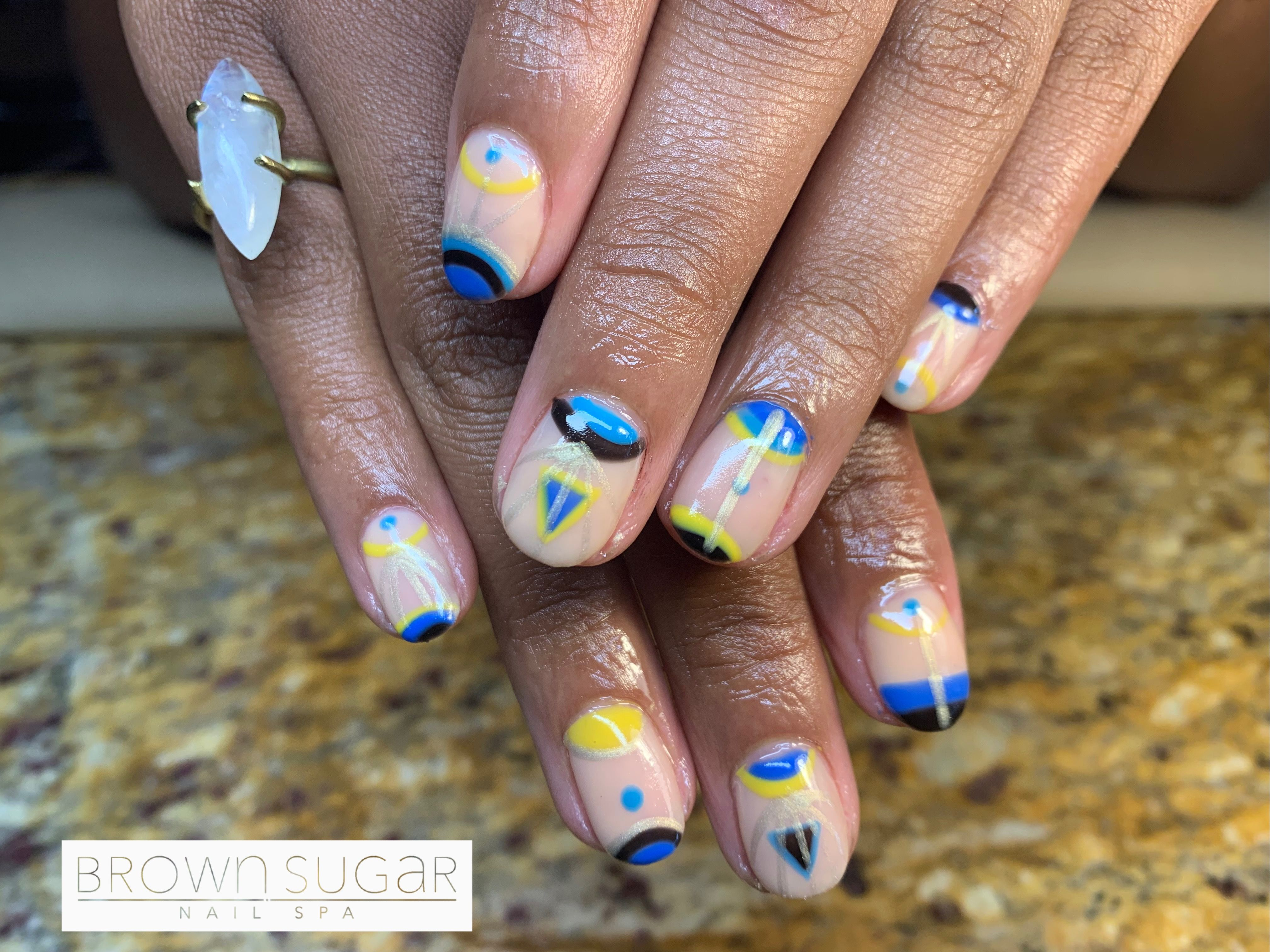 #nails #naturalnails #manicure #gelmanicure #gelnails #gelpolish #opi #opinails #naildesigns #tribal #tribalart #nailart #nailartaddict #brownsugarnailspa