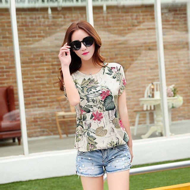4124d2aac44 Fashion Korean Floral Print Women s Blouses Ladies Shirts Summer Tops  Casual Blouse Shirt 2017 New Arrival