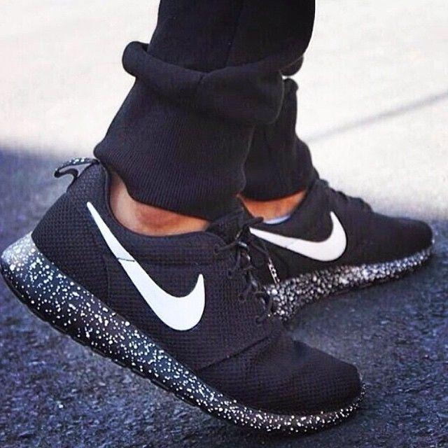 best service 24af6 a868f NIKE Women Men Running Sport Casual Shoes Sneakers Black Nike Lunar, Nike  Roshe Black,