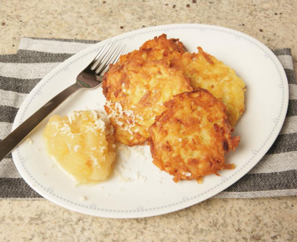 Kartoffelpuffer   Recipe in 2019   Kartoffel Rezepte ...