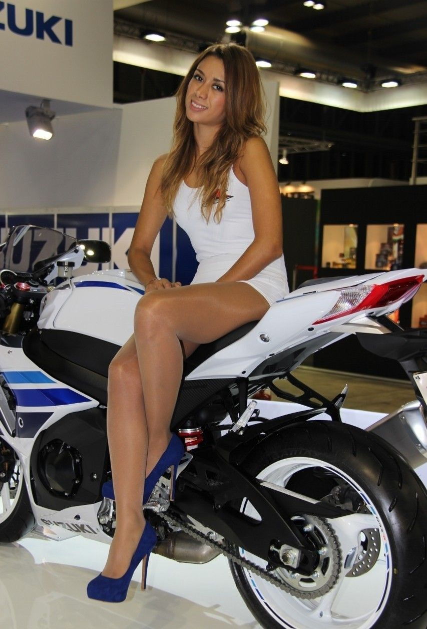 Motorcyclists wearing pantyhose
