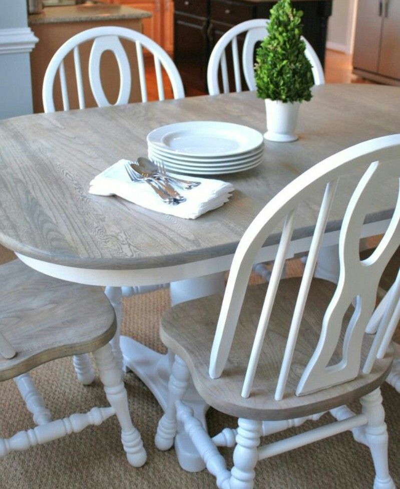 Kitchen Table And Chairs Makeover: New Miniwax Stain Color ( Weathered Oak )