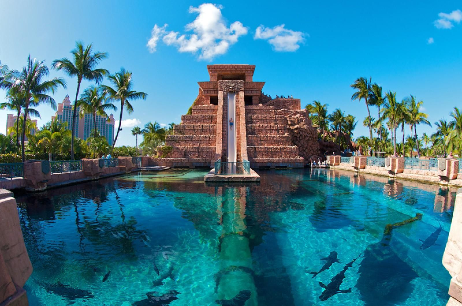 The Mayan Slide Goes Into Shark Infested Waters At The Atlantis Hotel,  Bahamas.