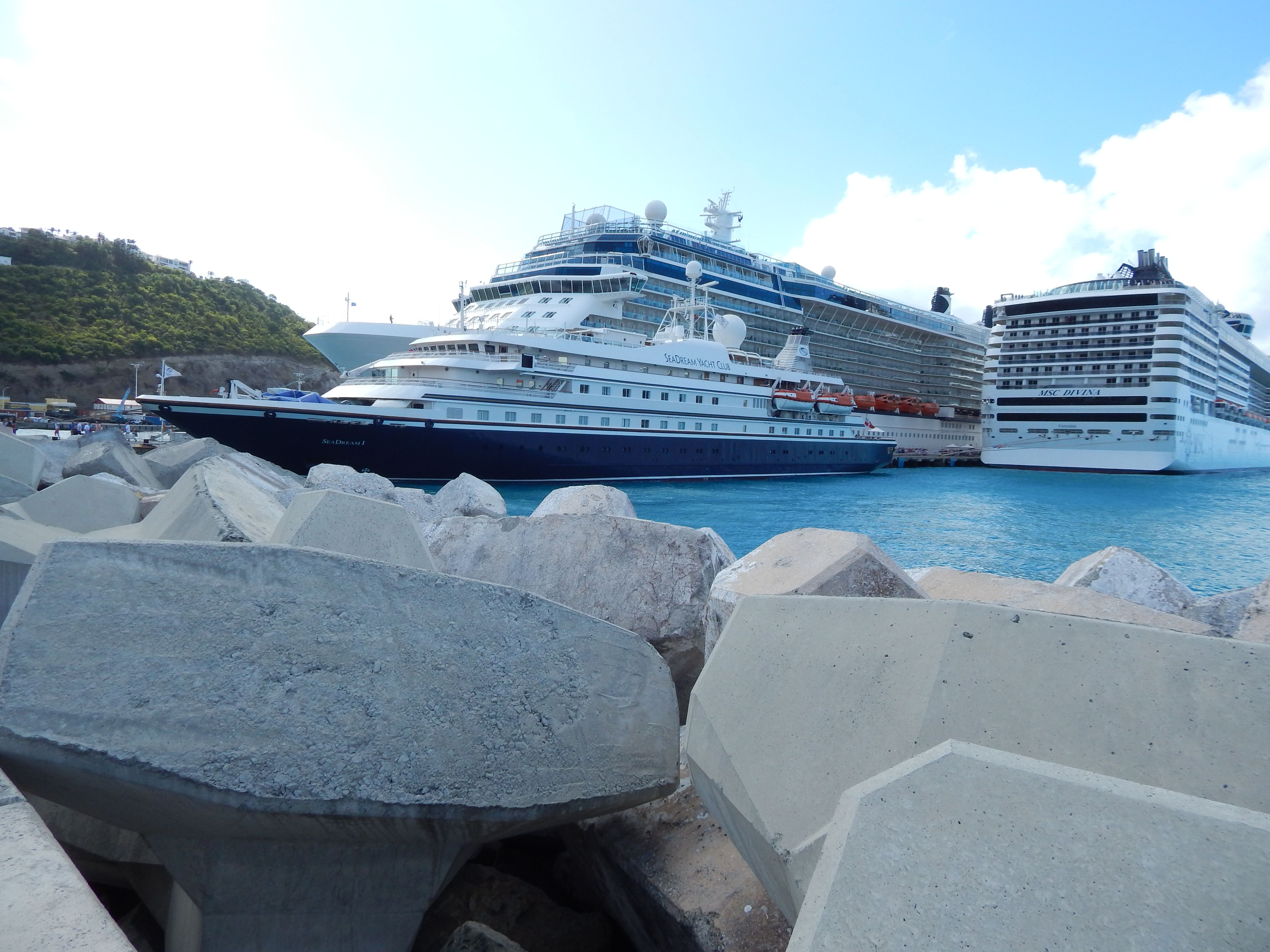 Sea Dream Yacht Club and MSC Davina