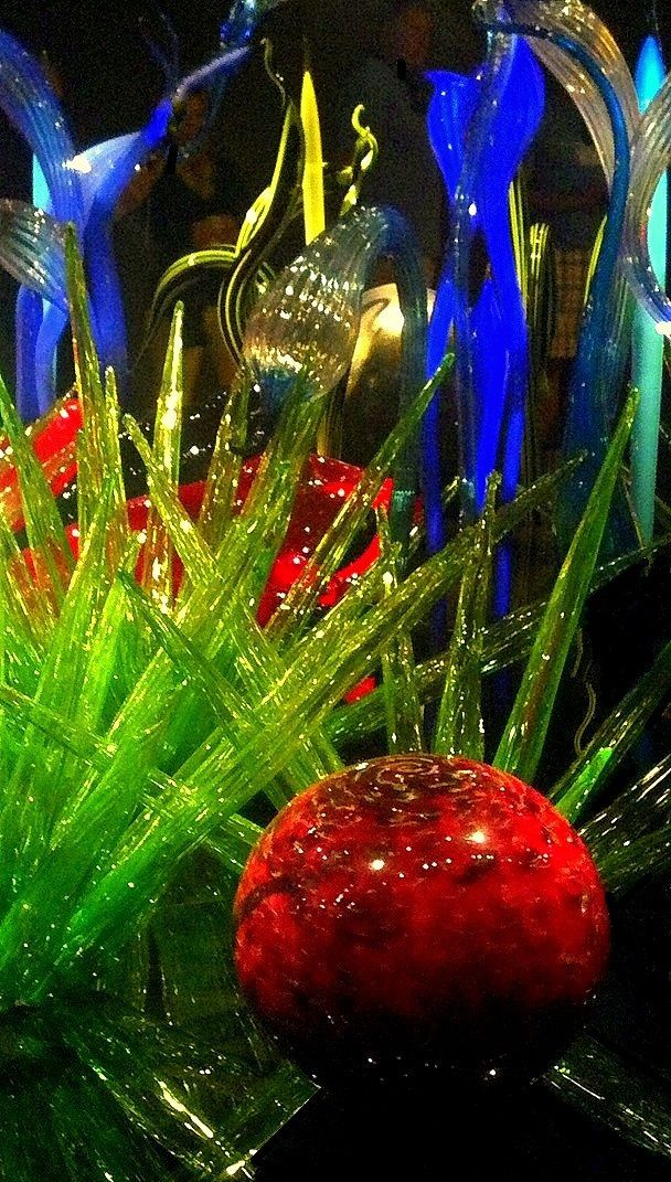 Chihuly Garden and Glass | Chihuly Glass Garden, Seattle | GLASS ...