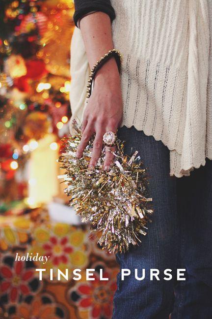 [New Year's Eve] #DIY Tinsel Purse via @ auntpeaches