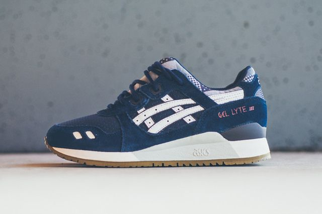 asics gel lyte iii burgundy and navy