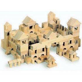 Klasická drevená stavebnica 100 ks, podporujúca detskú tvorivosť a ktorá nikdy neomrzí. Určené pre deti od 3 rokov.