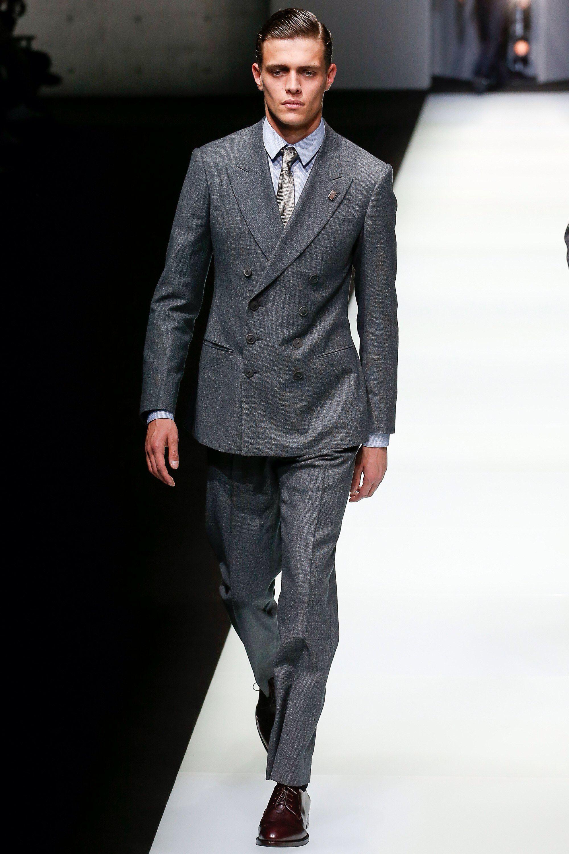 promo code c47da e5145 Giorgio Armani Fall 2018 Menswear Fashion Show | L'abito fa ...