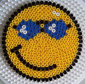 Smiley sunglasses hama beads by les loisirs de pat hama - Smiley perle a repasser ...