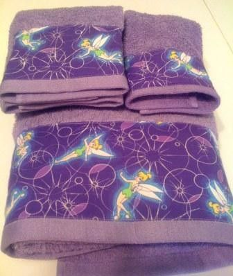 What A Great Tinkerbell Find On Etsy! Disney BathroomTowel SetTinkerbellGirl  ...