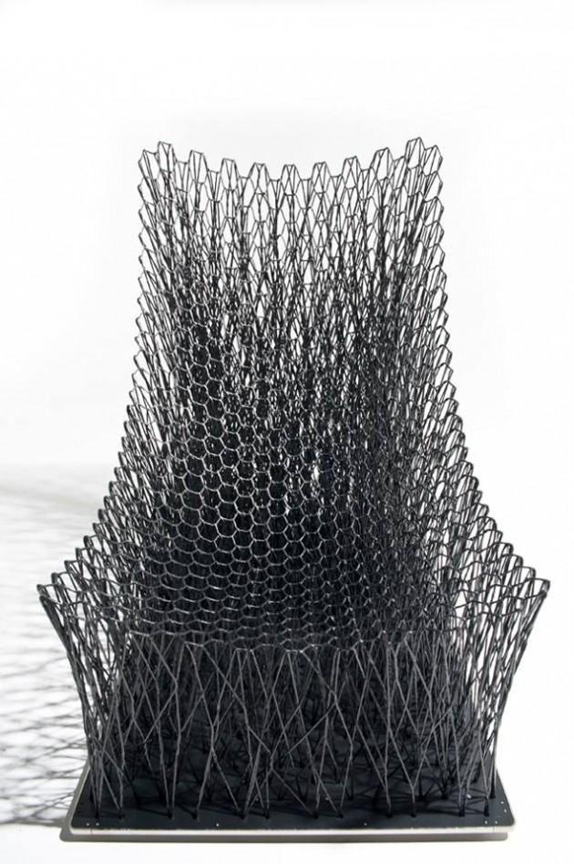 Luno Stuhl mit geschwungenem Sitz-Carbonfaser-Metall Basis ...