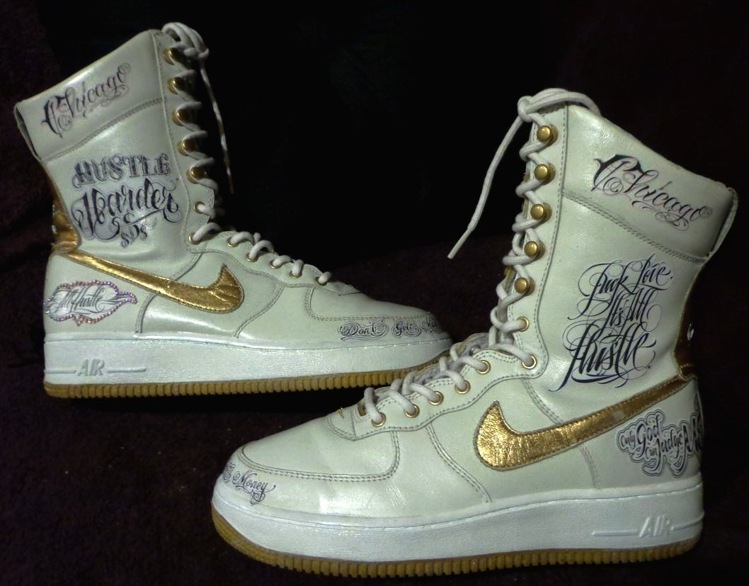 VINTAGE NIKE BOOTS I RESTORED AND THEN CUSTOMIZED.  da5068c01