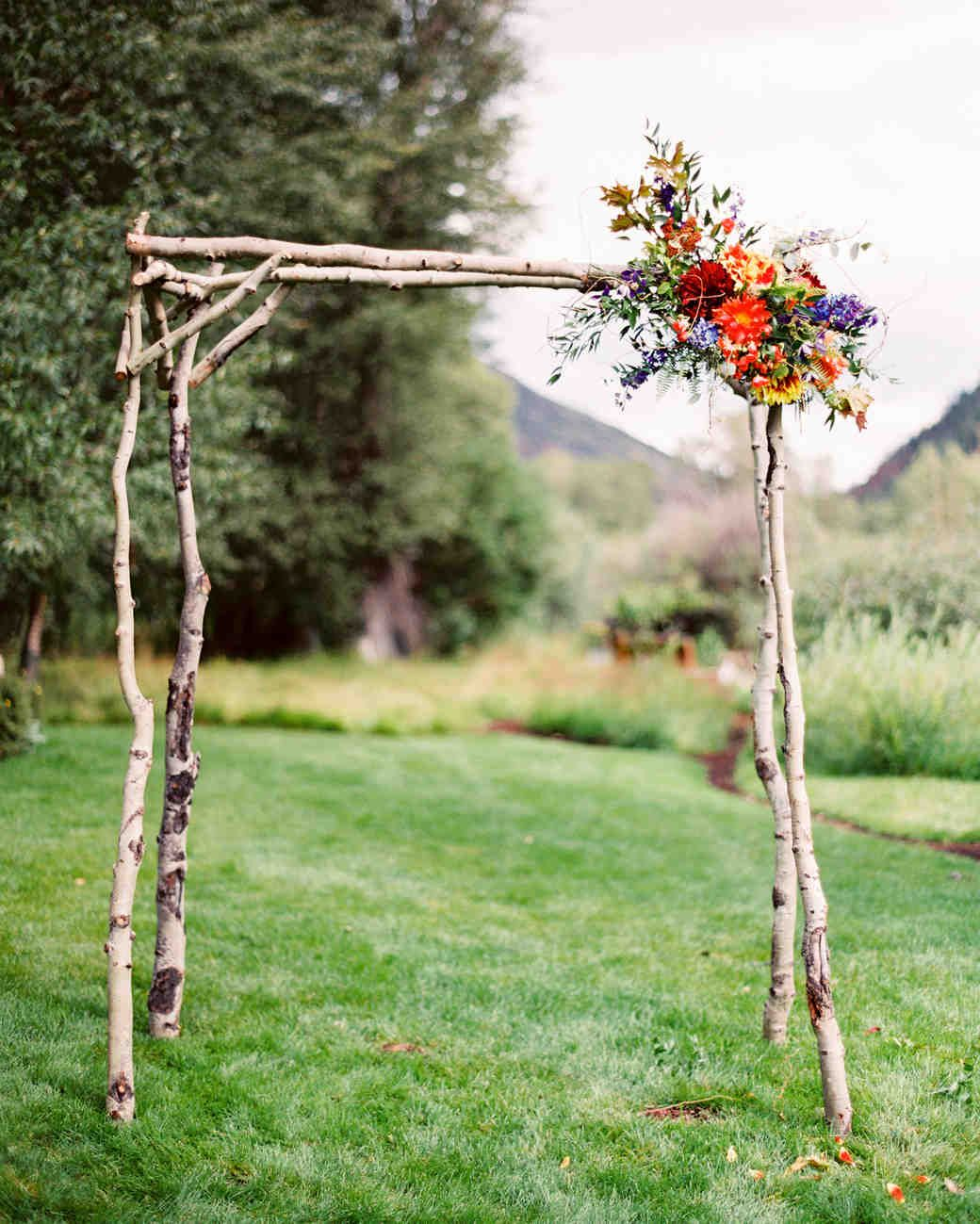 Easy Diy Wedding Arch Ideas: 45 Outdoor Wedding Arches For Your Unforgettable Wedding