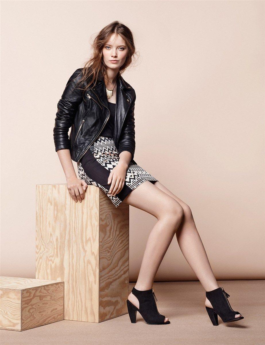 Blog femme en jupe courte