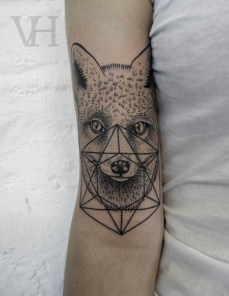 Valentin Hirsch #fox #geometry #tattoo