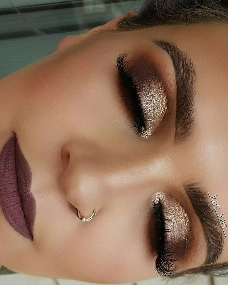 77 Gorgeous Eye Makeup For an Impressive Look Give Your Eyes Some Serious Pop - eye shadow ,gold eye makeup ,eye makeup for brown eyes ,eyeshadow #eyemakeup #sexyeyes #makeup #eyemakeupideas #goldmakeup