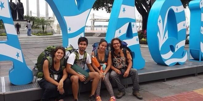turistas en Guayaquil