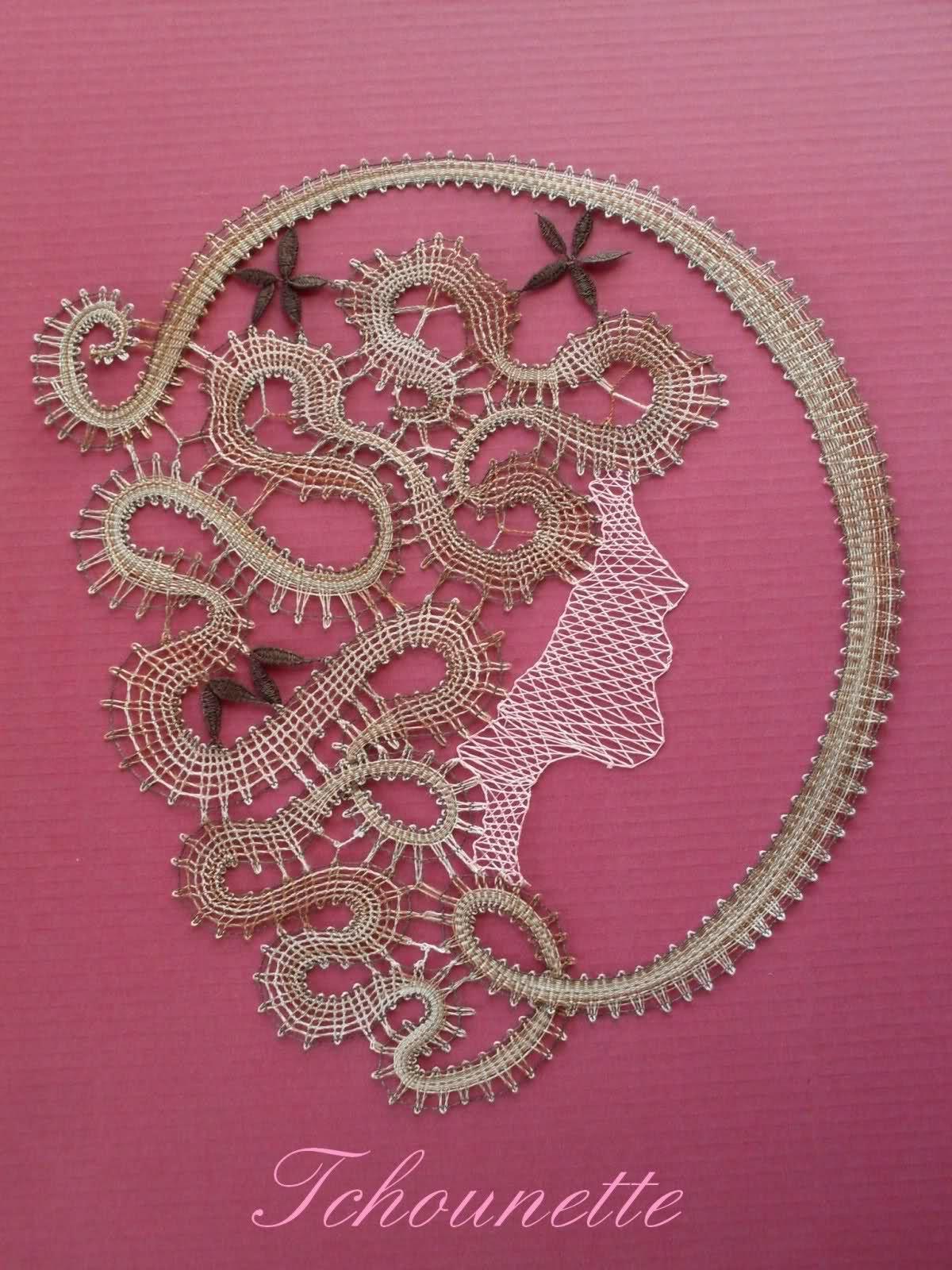 Visage de femme dentelles pinterest dentelle - Modeles gratuits de grilles de dentelles aux fuseaux ...