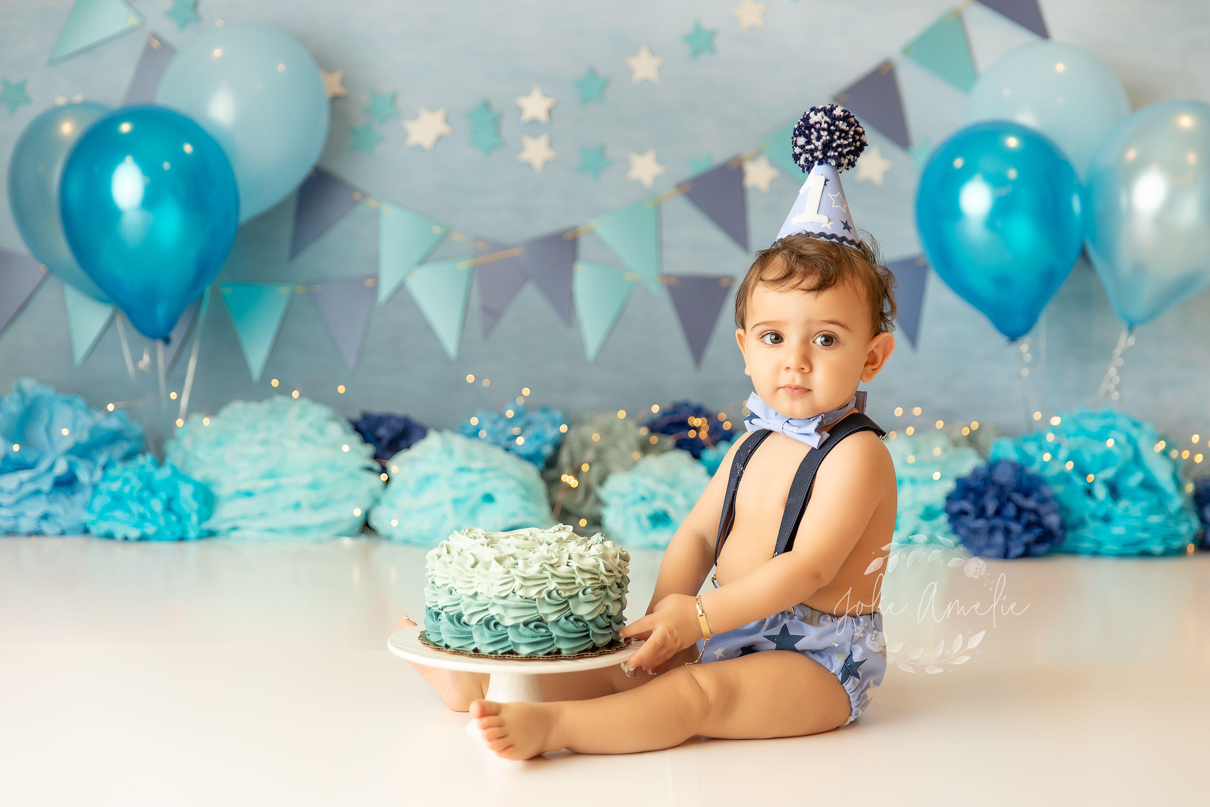 Pin On Cake Smash Jolie Amelie Photography