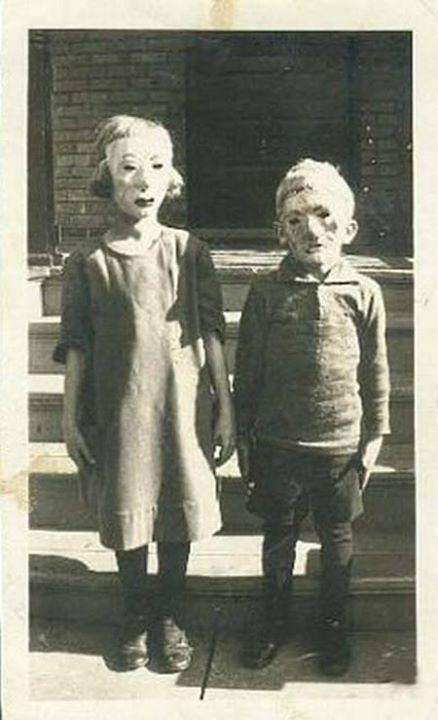 71 Vintage Halloween Costumes That Will Give You Nightmares