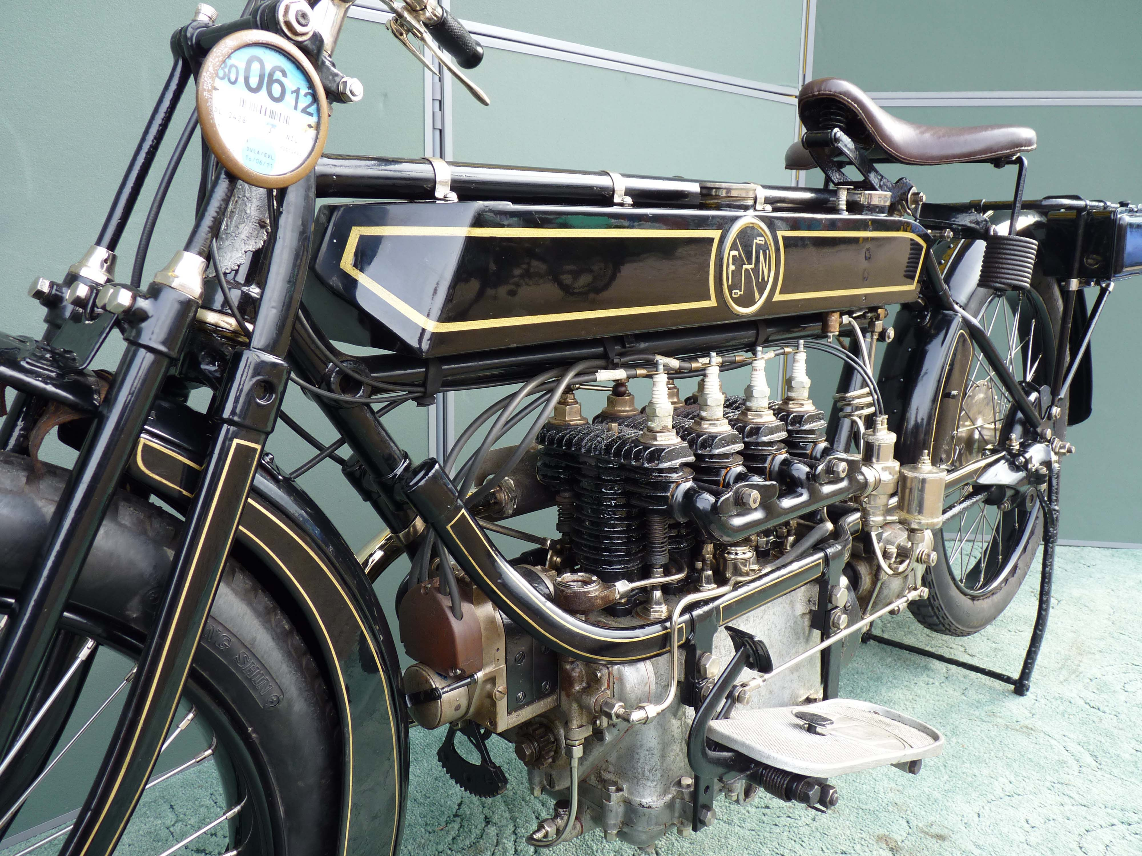 Vintage 4 Cylinder Motorcycle 1920 Fn 4 Cylinder What A Beauty Motorcycles For Sale Vin And Vet Old Bikes Classic Bikes Old Motorcycles