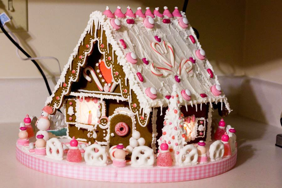 16 Best Gingerbread Houses Images On Pinterest | Christmas Gingerbread House,  Christmas Ideas And Gingerbread Houses