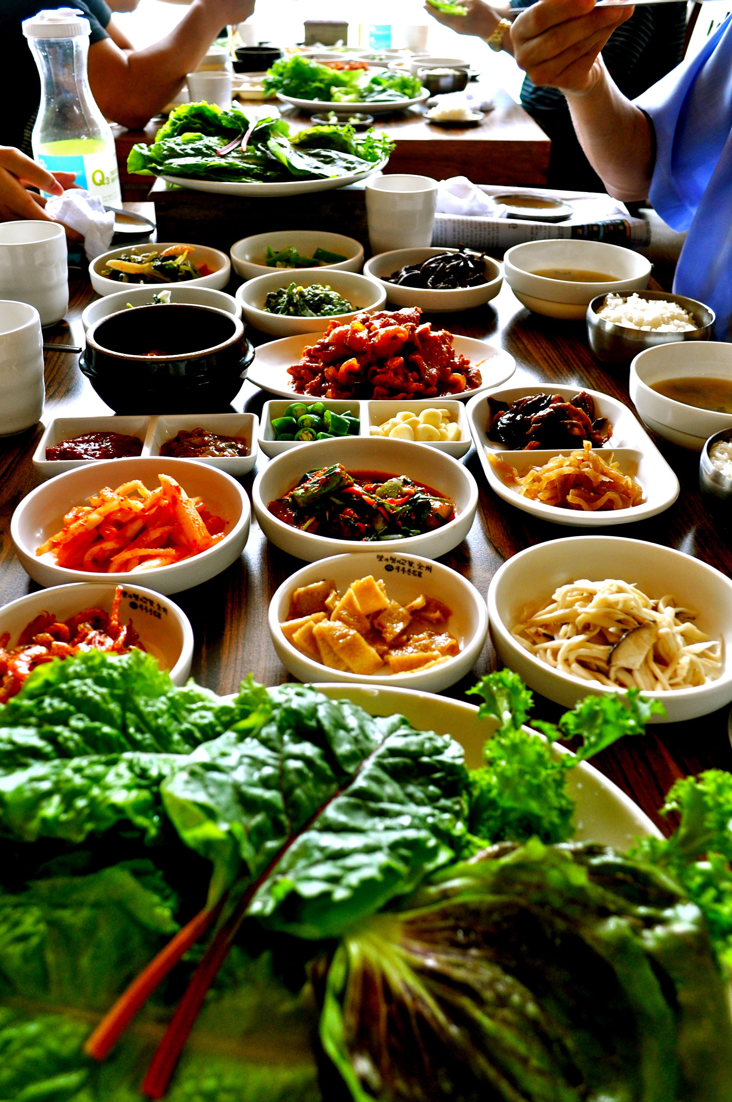 Typical korean table - the table is about to break from so ...
