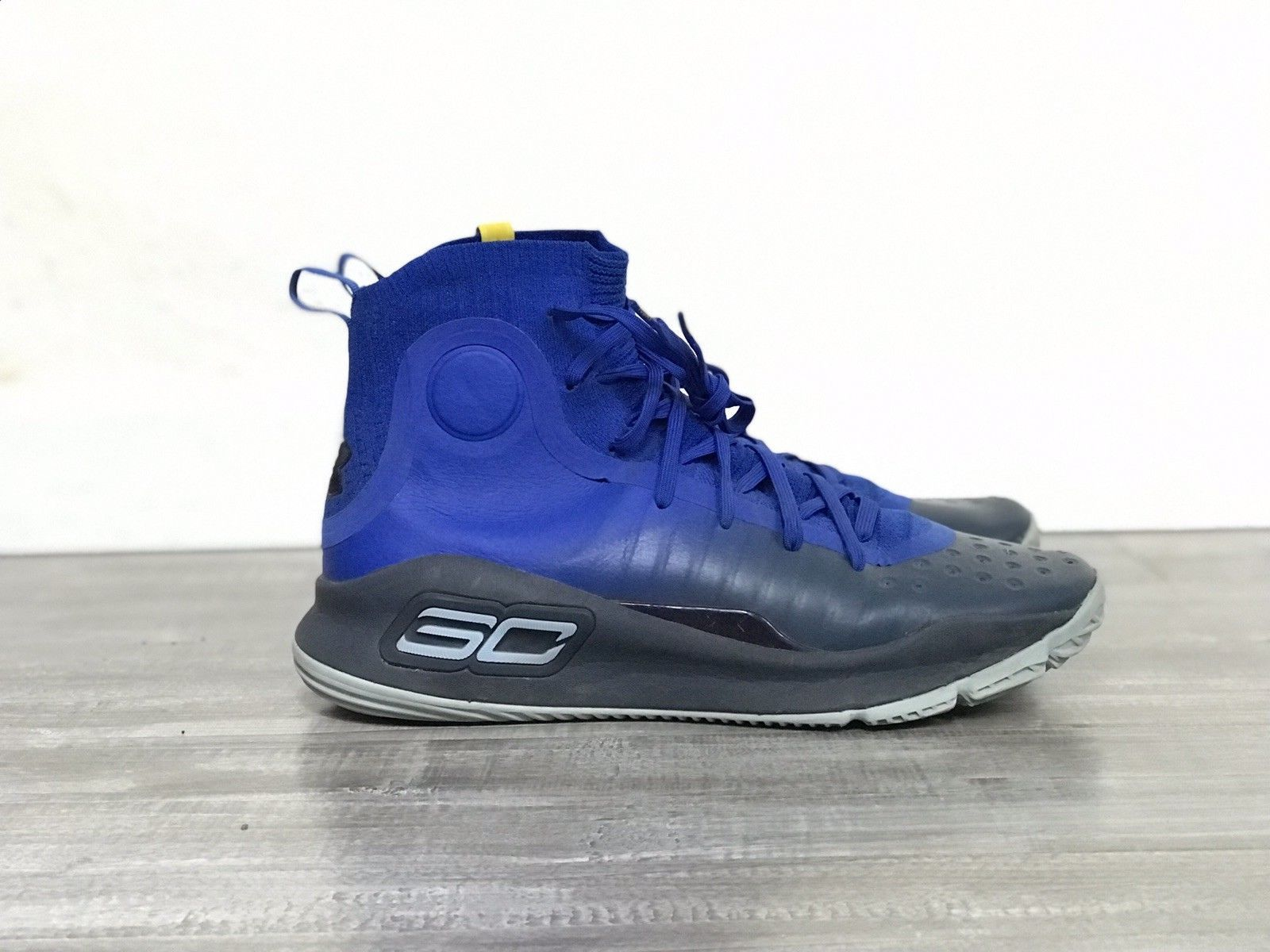 59fc2ed2cf46 Under Armour Stephen Curry 4 sz 9 Royal Blue Basketball 1298306 401 MORE  FUN - Curry 4 Shoes - Latest Curry 4 Shoes -  curry  curryshoes   curry30shoes - 7 ...
