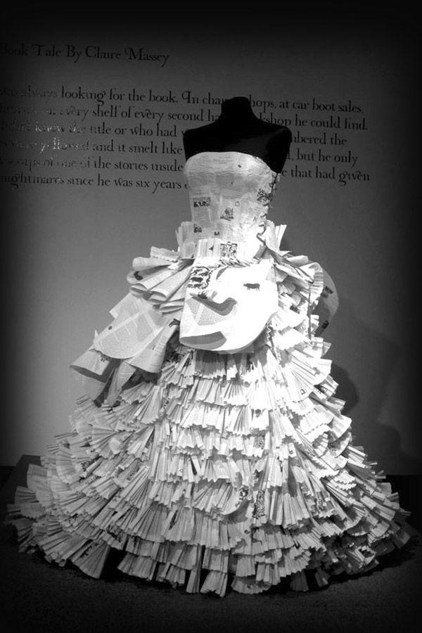20 espectaculares vestidos hechos con libros   Traje de novio, De ...