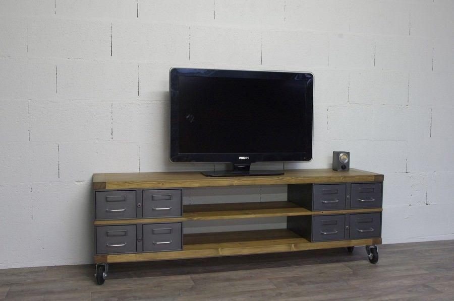 Meuble Tv En Acier Et Bois Industriel Chene Ou Epicea Heure Creation Meuble Tv Meuble Tv Style Industriel Mobilier De Salon