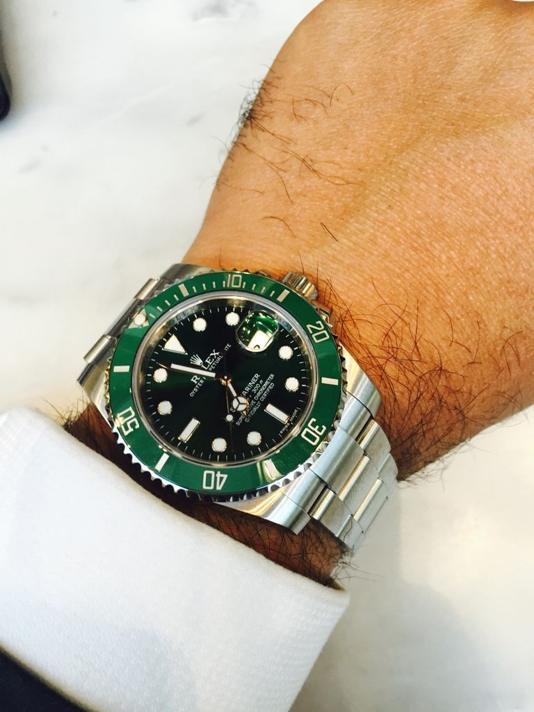 2110bf20f03 Pin by Miguel Martín on Rolex 116610LV Hulk in 2019